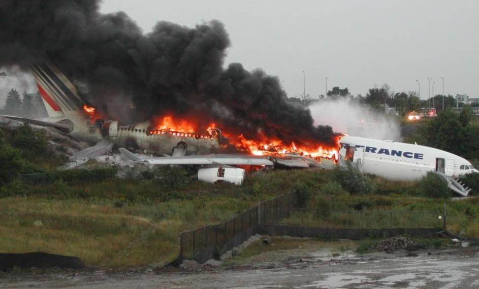 Runway overrun, Air France A340, Toronto, ON